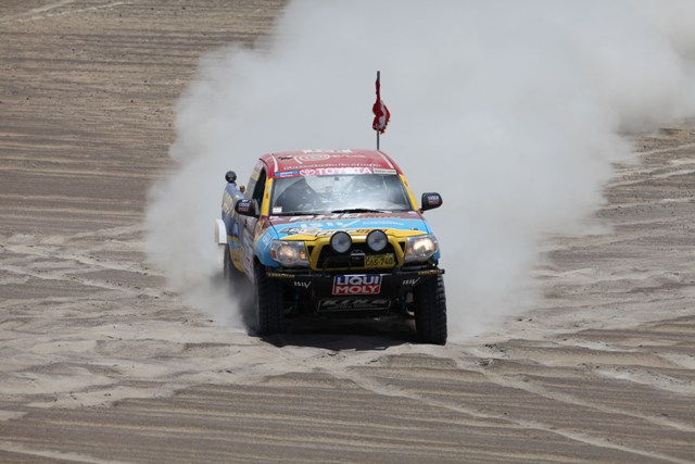 Diego Weber & Alonso Carrillo - Dakar 2013 / Foto: Prensa Duro 4x4