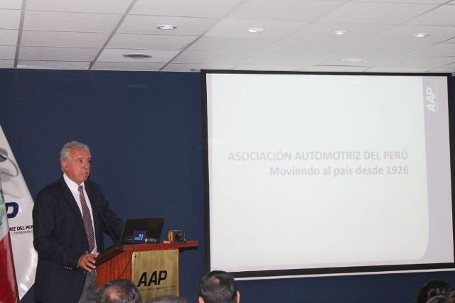 Edwin Derteano, Pdte. de la AAP