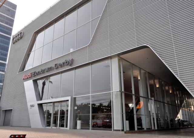 Fachada del Audi Zentrum Derby / Foto: Prensa Audi