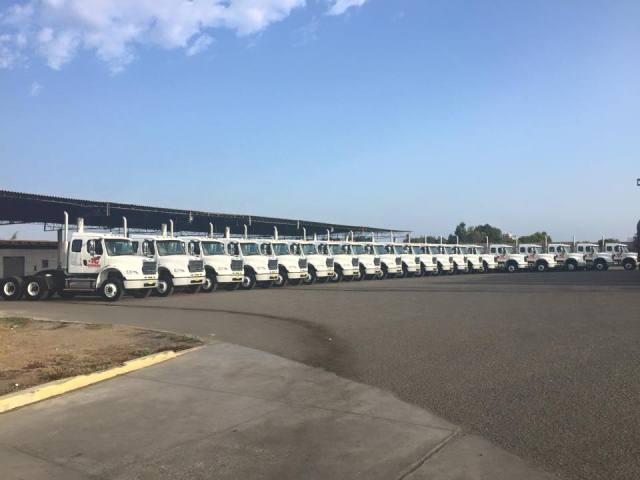 Entrega de camiocamiones Mercedes-Benz y Freightliner / Foto: Prensa Divemotor