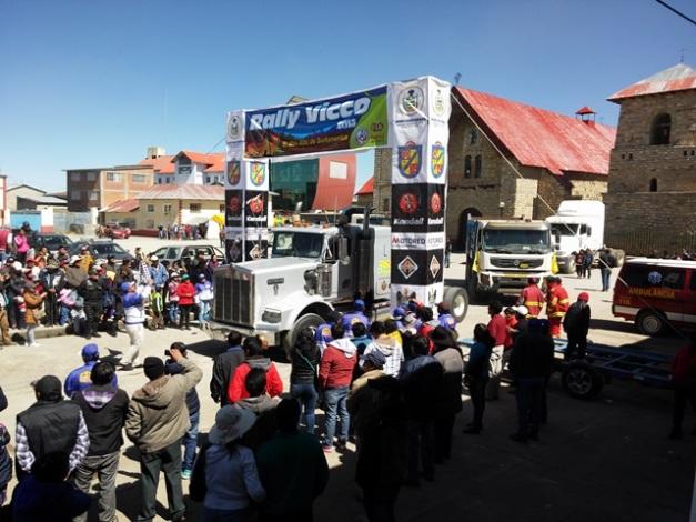 Partida simbólica de los Piques Tracto Camiones - Rally Vicco / Foto: El Autódromo de Mike