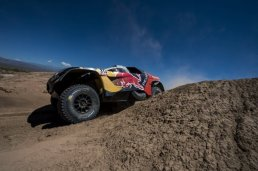 Rally Dakar - Loeb 01