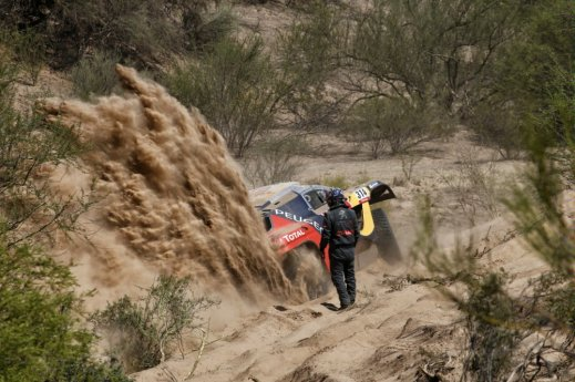 Rally Dakar - Loeb 03