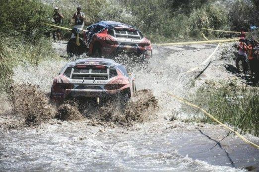 Rally Dakar - Loeb y Despres 01