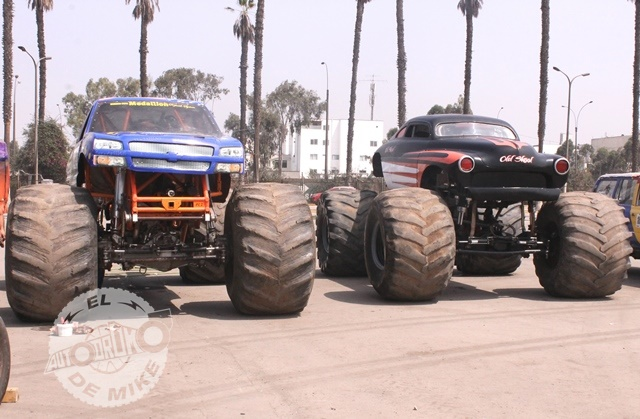 Monster Trucks (1)