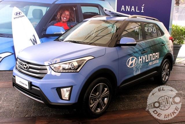 Hyundai le entregó la nueva Creta a campeona Analí Gómez / Foto: Miguel A. Rivadeneyra