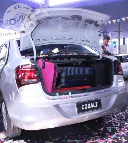 Chevrolet Cobalt 2017 (20)