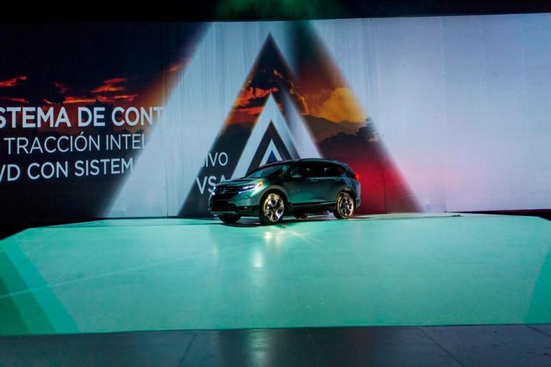 Honda CR-V 2017 (2)