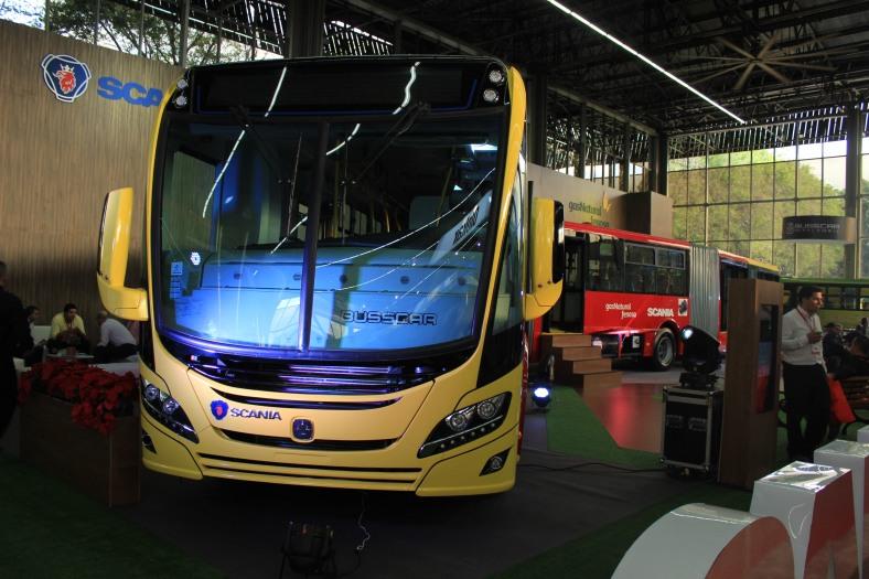 Scania - Bus biarticulado (4)