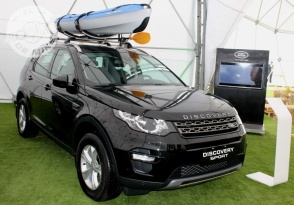 Land Rover Discovery 2018 (15)